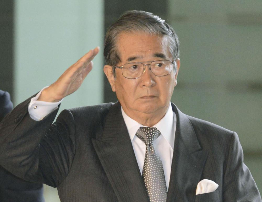 shintaro-ishihara-salutes